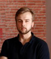 Роман Писарський, Сервис-инженер