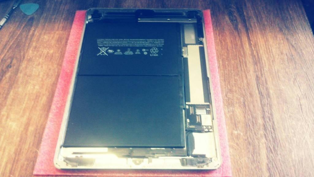 Замена сенсорного стекла на Ipad Air