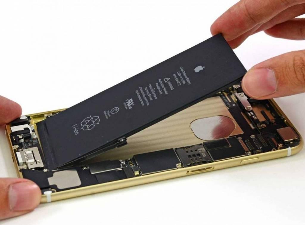 Замена батареи / аккумулятора на Iphone 6/6 PLUS/6S/6S PLUS в Одессе